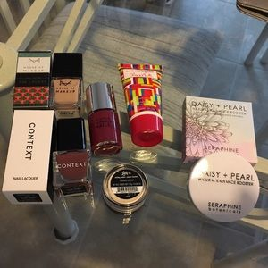 Other - Free Gift Choices 4 Over $25 Purchases!😍